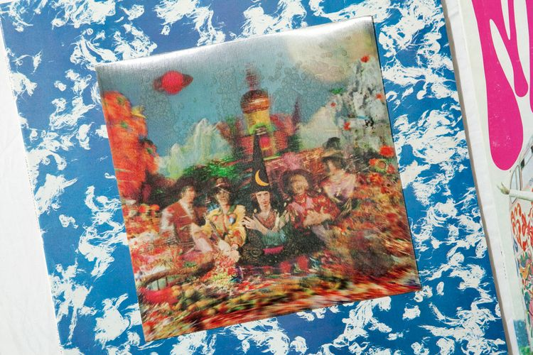 """The Rolling Stones """"Their Satanic Majesties Request"""" 全世界第一張3D封面"""